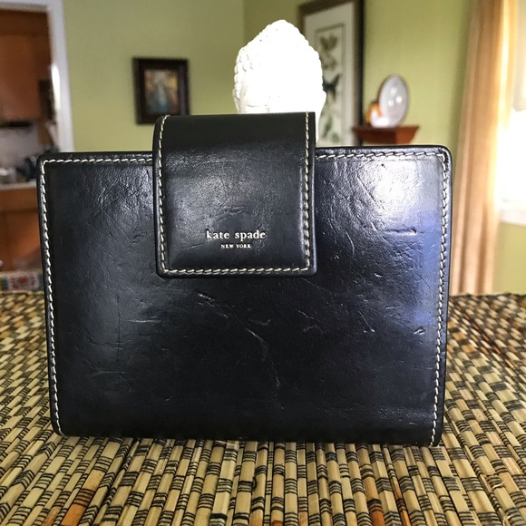 kate spade Accessories - Kate Spade Made in Italy leather day planner.